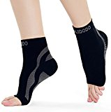 Plantar Fasciitis Compression Socks with Foot & Ankle Support for Men & Women Cradles Sore Ankles, Soothes Painful Heels & Improves Circulation for Better Foot Health (Black & Gray, 1 Pair) ­
