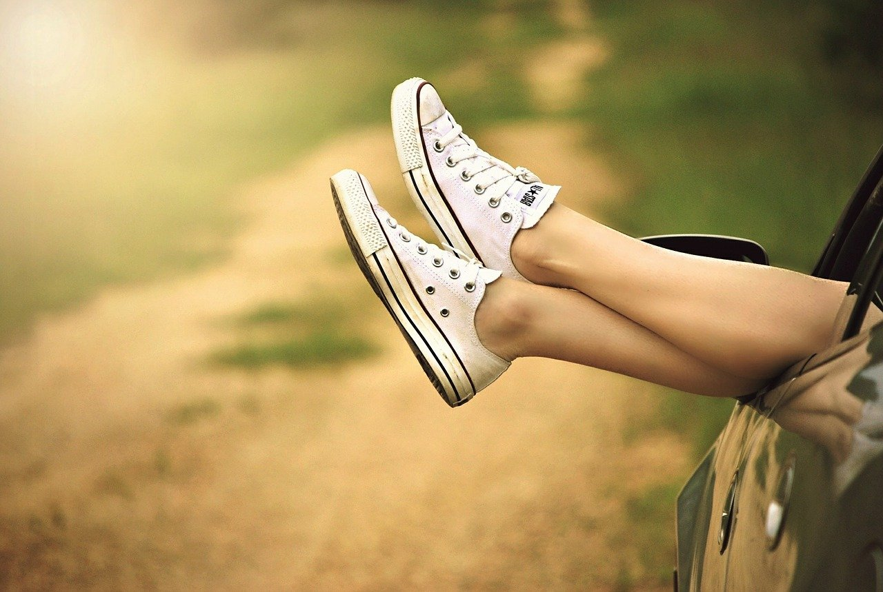 sneakers woman photo